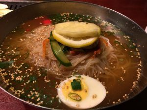 京橋 明月館の焼き肉ランチ